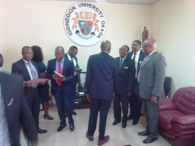 Courtesy visit by bank managers
